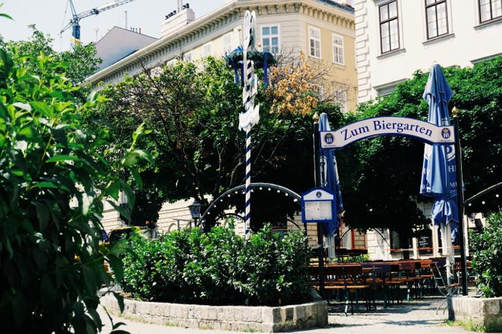 Hofbräu zum Rathaus Biergarten