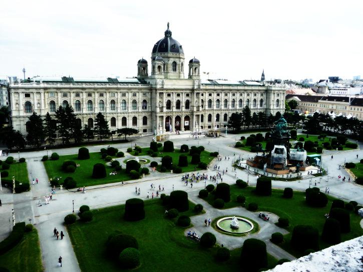Tour durch Wien - Blick vom Zwilling auf das kunsthistorische Museum