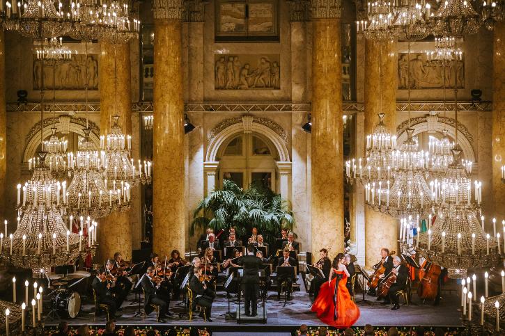 Das Wiener Hofburg Orchester im Zeremoniensaal der Hofburg Wien