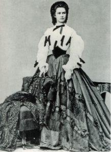Kaiserin Elisabeth, sie und ihr Mann zeichnen sich verantwortlich für den Bau der Wiener Staatsoper
