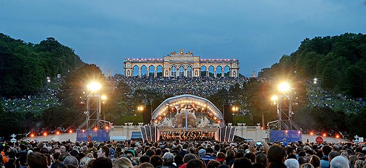 Sommernachtskonzert in Schloss Schönbrunn der Wiener Philharmoniker