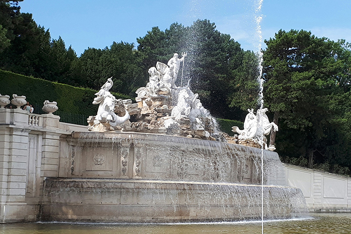 Neptunbrunnen bei Schloss Schönbrunn