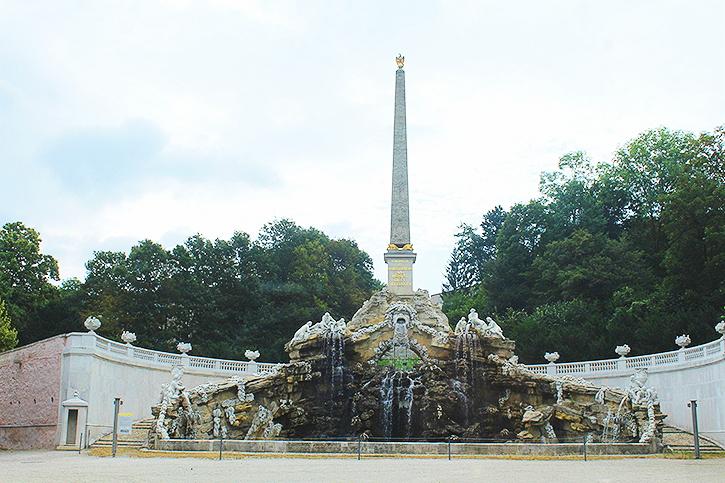 obelisk fountain at Schoenbrunn Palace