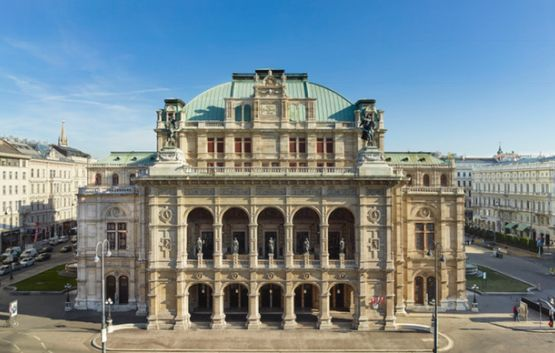Vienna State Opera by day